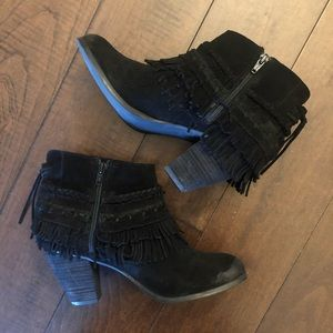 Naughty Monkey Black Fringe Booties size 8